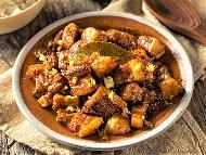 Рецепта Свински хапки със соев сос, мед и чесън на фурна